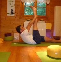 private-yoga-starnwoerth-beinhaengerposition
