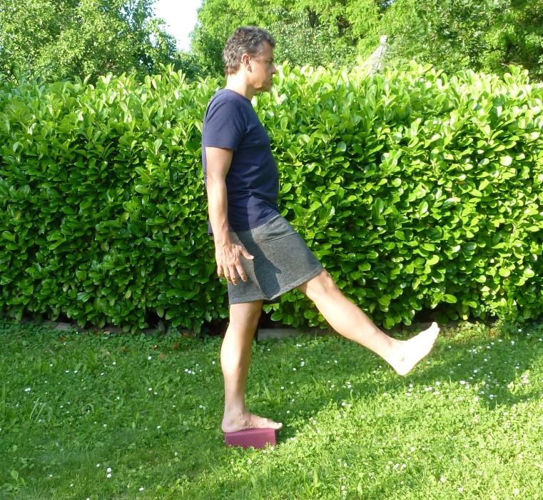 Posas dehnen - Yogaübungen gegen Rückenschmerzen